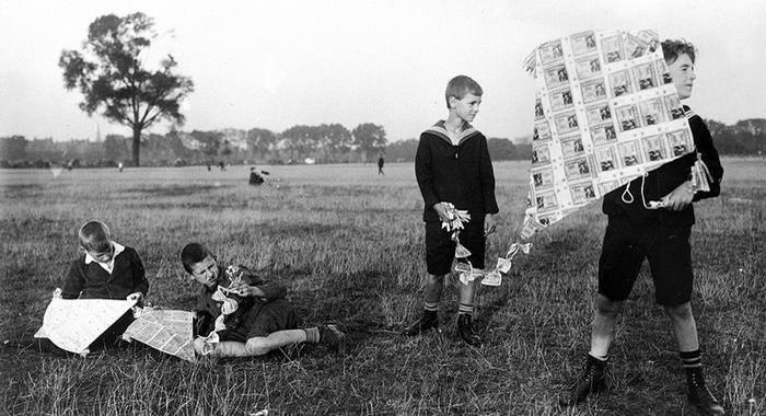 kite made of worthless money