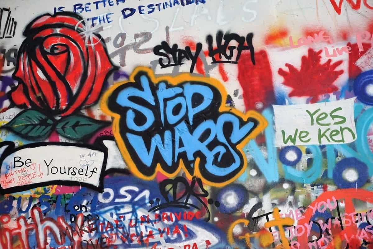 Graffiti: Stop Wars